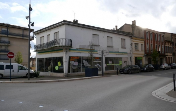 Donjon Immobilier Local / Bureau | MOISSAC (82200) | 200 m2 | 169 600 €